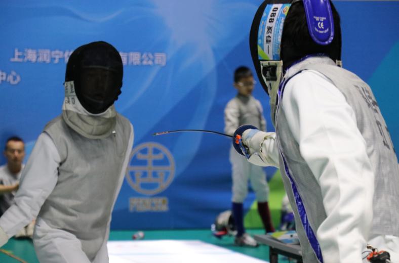 少年复剑走天涯!2020上海市中小学生击剑冠军赛圆满落幕