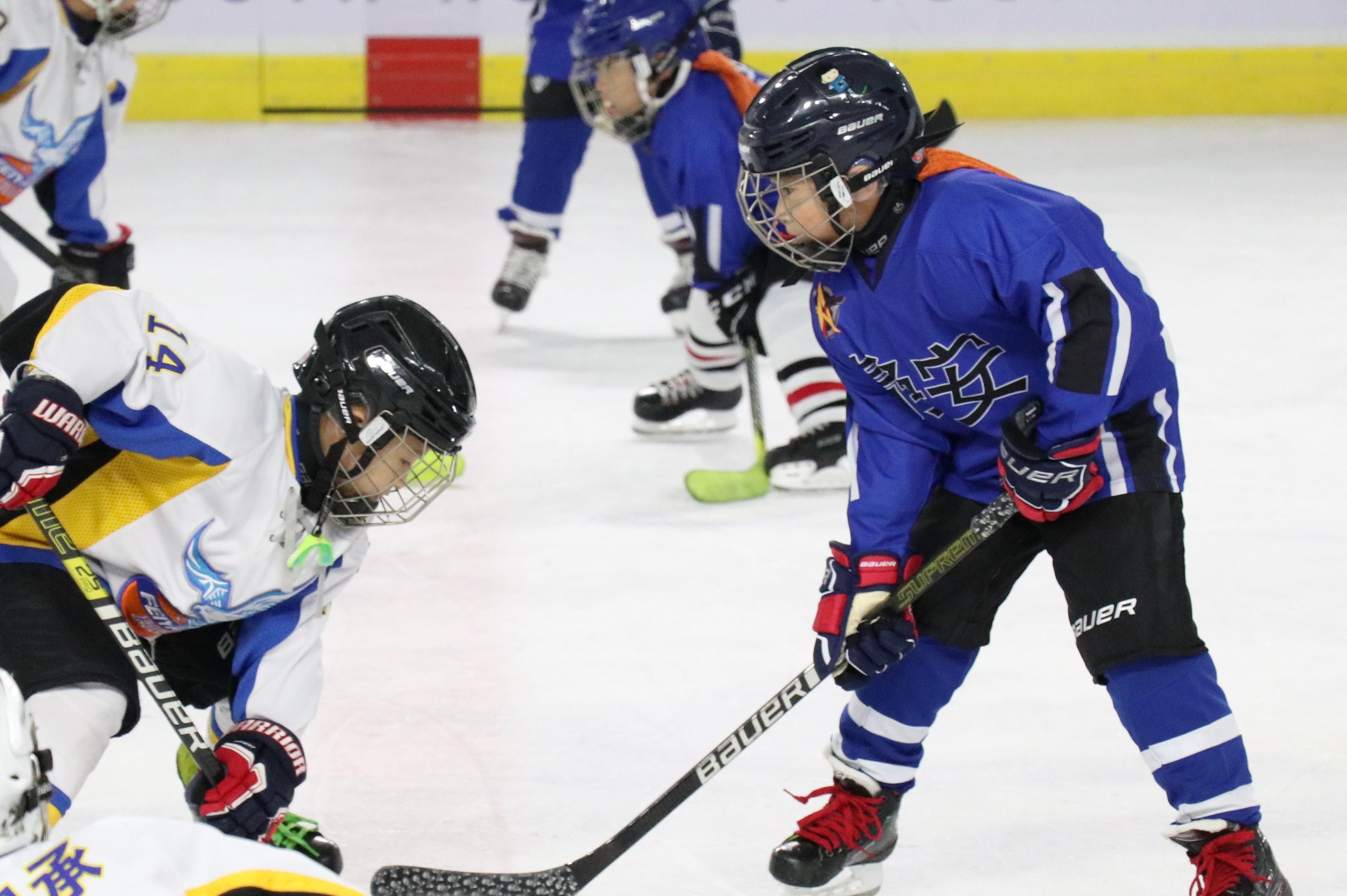 冰上对抗虽迟但到!2020年上海市青少年冰球锦标赛火热开赛