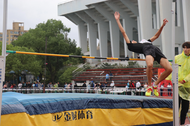 风雨无阻奋勇争先,2021年上海市青少年田径锦标赛火热开赛